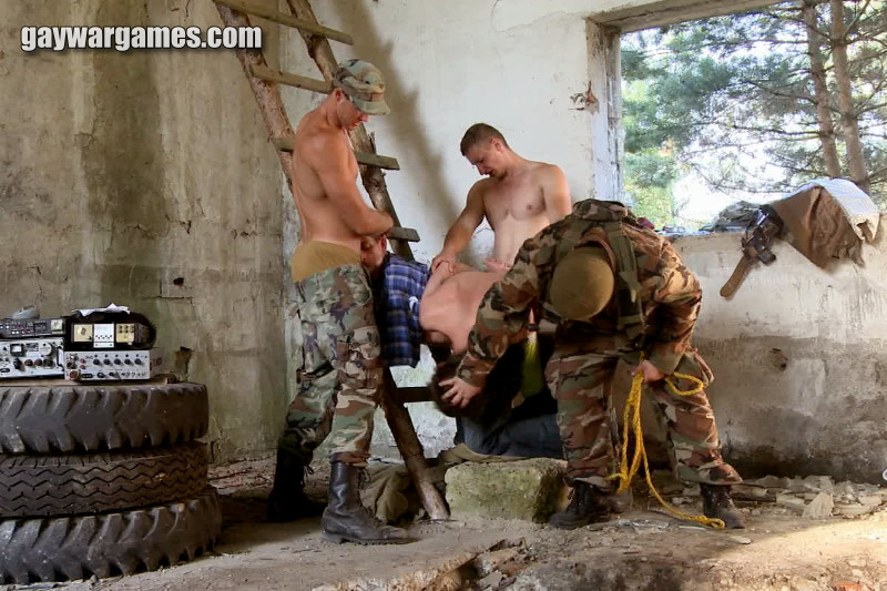 bdsm gay in the war